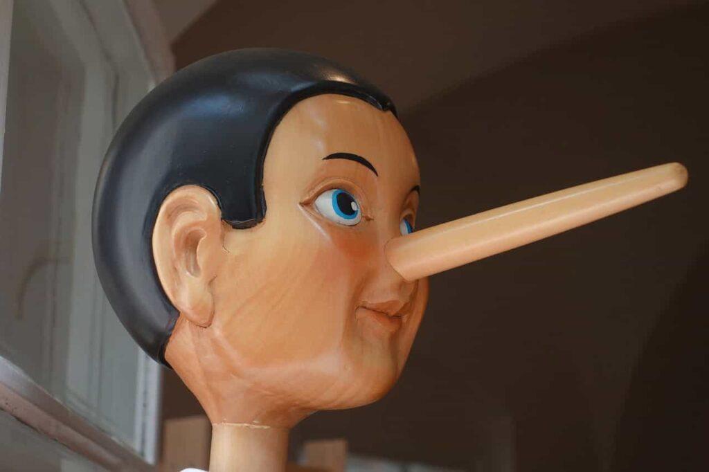 Mintiendo, mi pareja me miente, como saber si me miente, las mentiras en la relacion de pareja, descubrir a un mentiroso