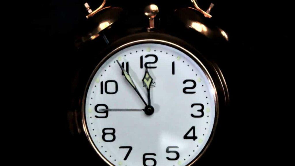 horas espejo, que significa ver 11:11, significado exacto de las horas espejo, mensaje oculto de las horas, que son las horas espejo